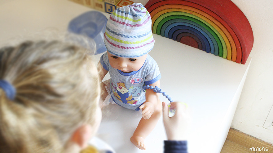 muñeco baby born chico de bandai