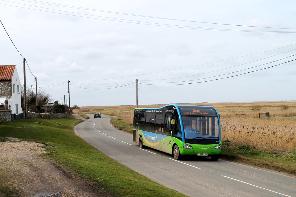 ... return2layerroad Stagecoach 48033 1305hrs Wells-next-the-Sea to Cromer  090318 | by return2layerroad
