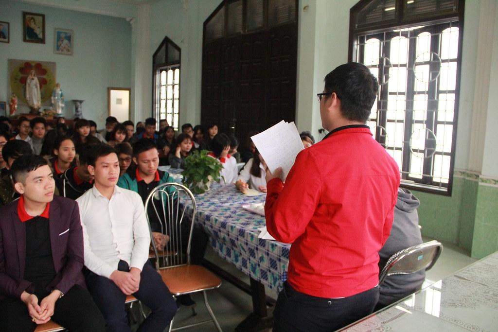 Sinh viên nêu kết quả thảo luận nhóm.