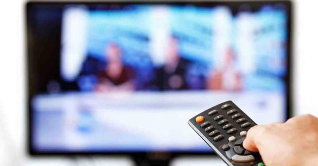 Hemos dejado de quejarnos (tanto) por Internet y ahora nos quejamos más de la tele de pago