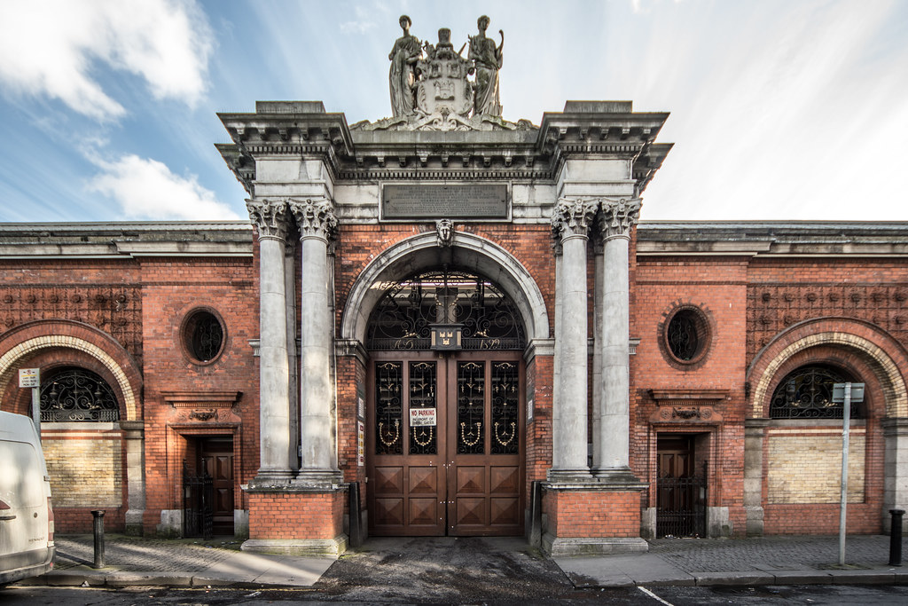 DUBLIN CORPORATION WHOLESALE MARKETS  001