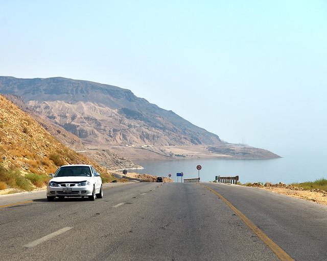 Carretera que rodea el Mar Muerto