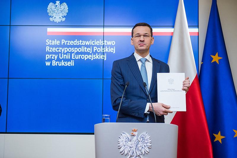 Biała Księga w sprawie reform polskiego wymiaru sprawiedliwości, Mateusz Morawiecki, Bruksela, Komisja Europejska, Jean-Claud Juncker
