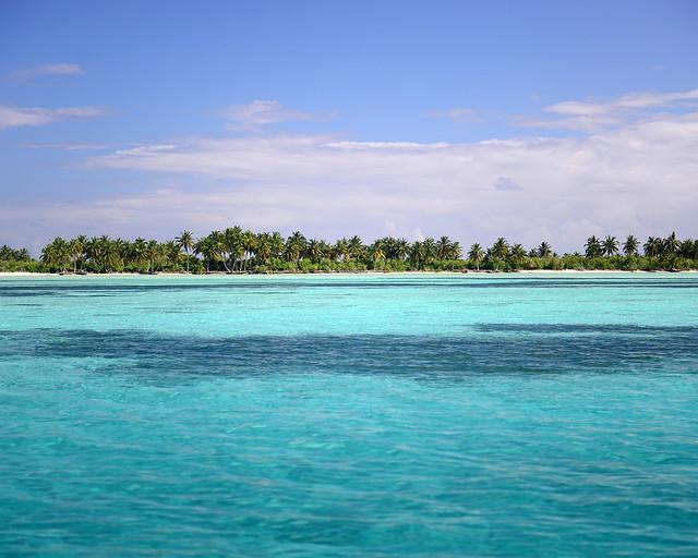 Aguas repletas de azules en Maldivas