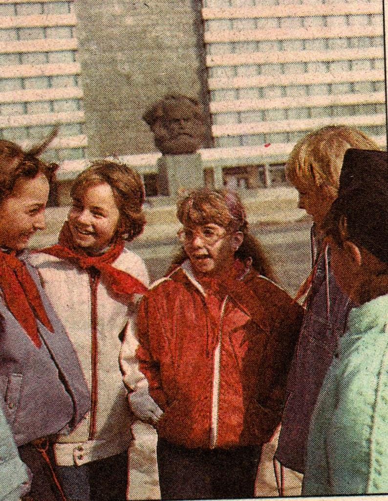 DDR Kinder,DDR Pioniere,Freie-Deutsche-Jugend,Thälmannpion… | Flickr