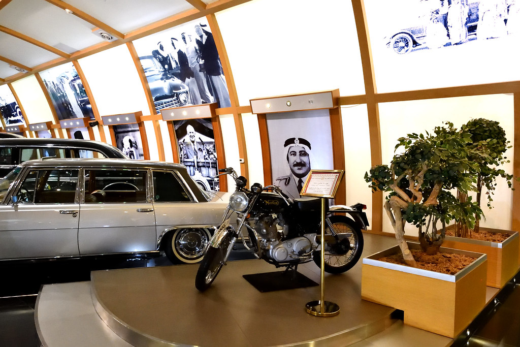 HISTORICAL VINTAGE CAR MUSEUM IN KUWAIT   OLD CARS MUSEUM   RAMI ...