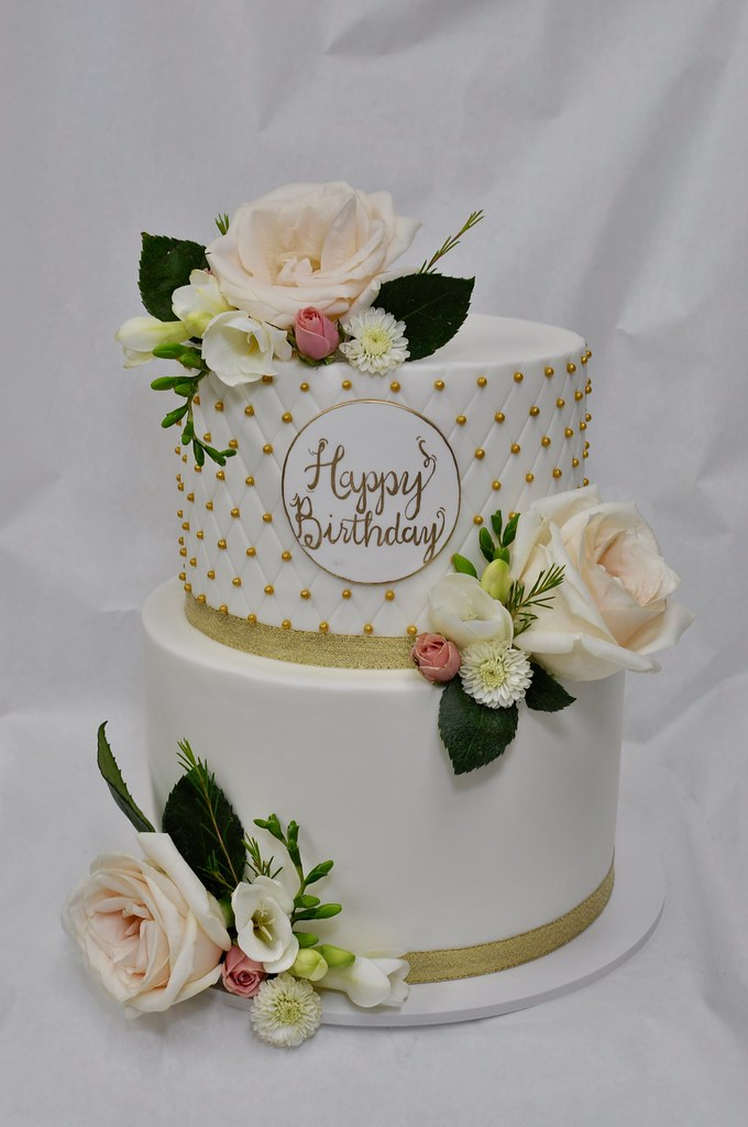 Birthday cake with fresh flower decoration Jenny Wenny Flickr