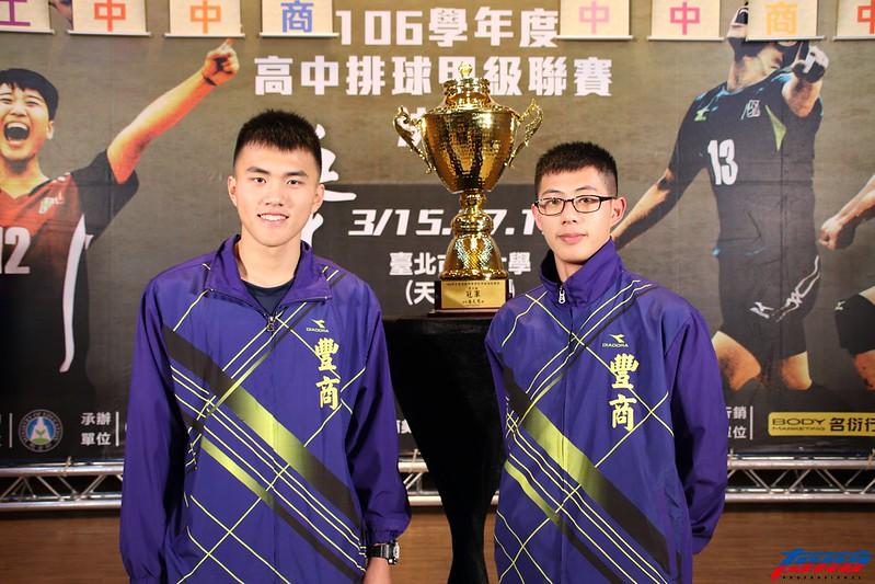 豐原高商劉佳昌(右)、張育陞(左)。(林志儒/攝)