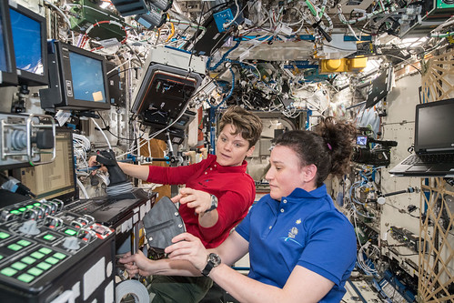 NASA astronauts Anne McClain and Serena Auñón-Chancellor | by NASA Johnson