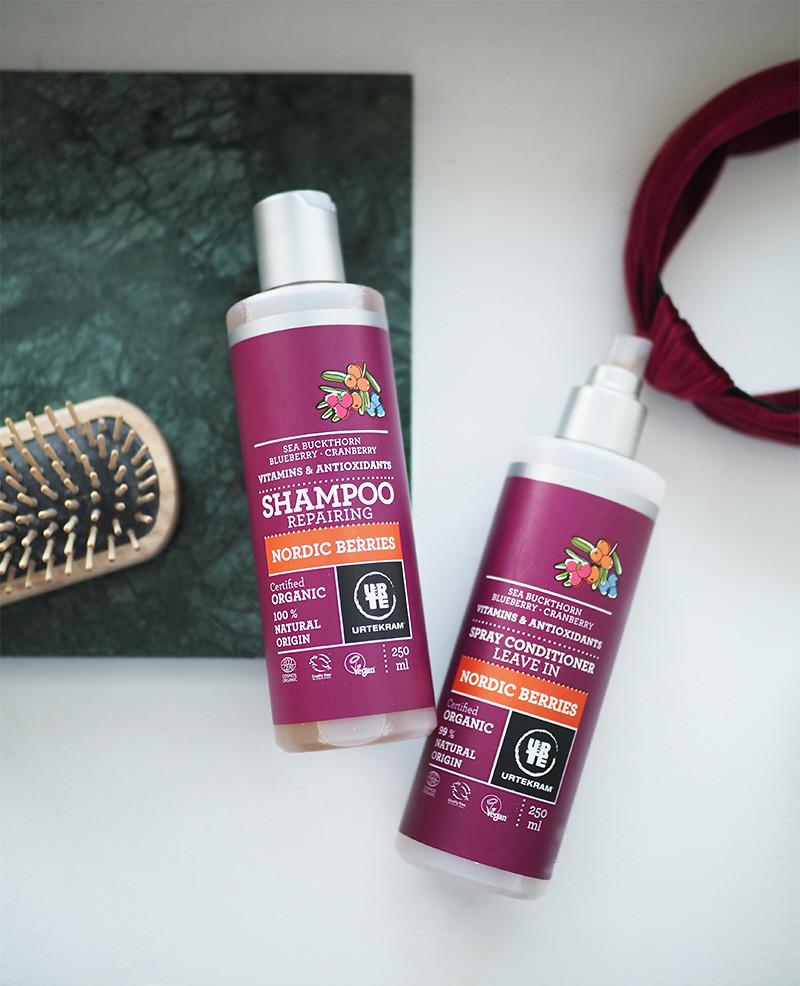 Urtekram Nordic Berries shampoo ja hiuksiin jätettävä hoitoaine