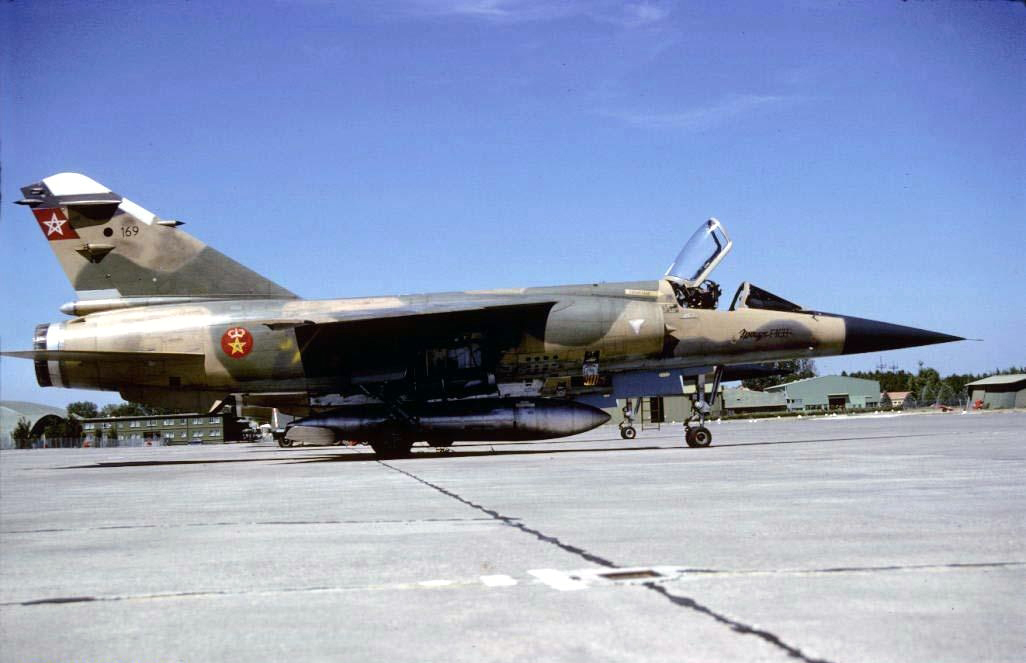 FRA: Photos Mirage F1 - Page 15 45653251344_5dd9452a13_o