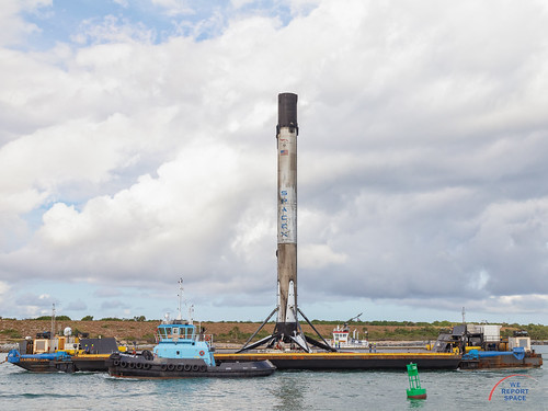 Eshail2 Falcon9 returns to port | by Michael Seeley