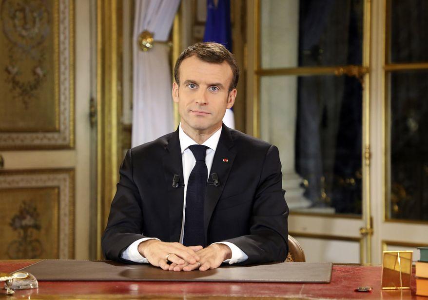 法國總統馬克宏於當地時間週一(12/10)發表全國演說,宣布為領最低工資的受雇者加薪,但是拒絕恢復富人稅。(圖片來源:Ludovic Marin/Pool Photo via AP)