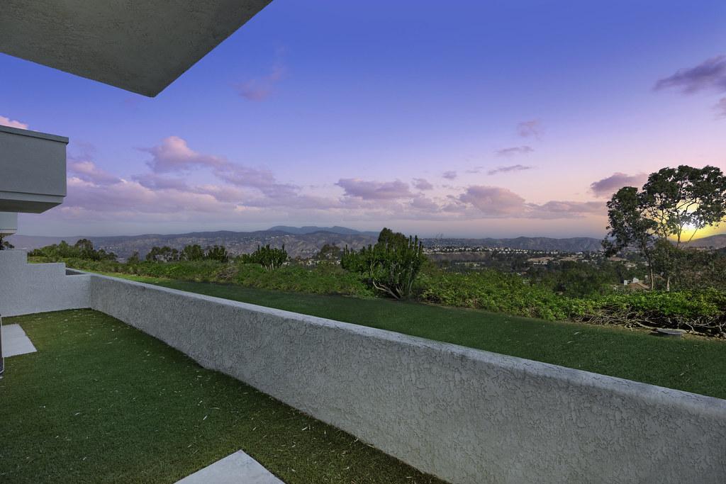 7945 E Viewrim Drive, Anaheim Hills