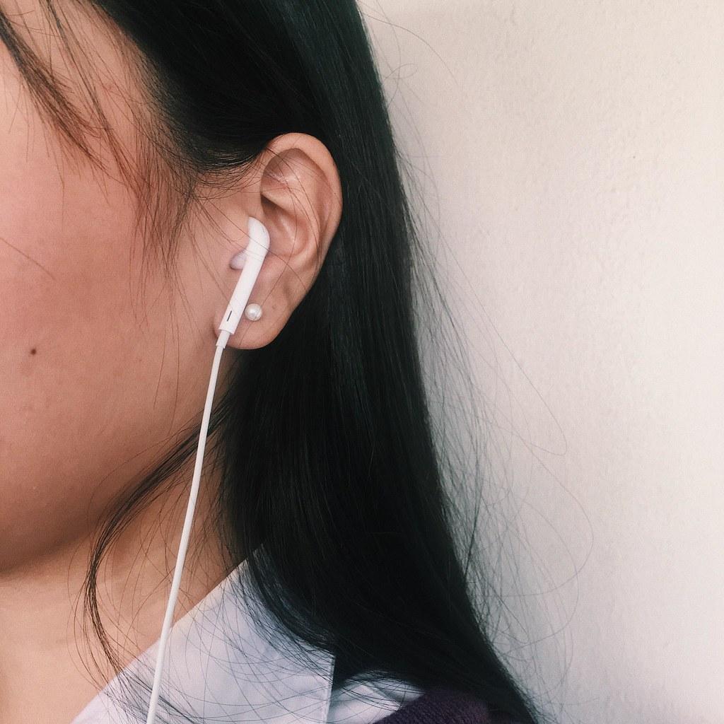 เพลง หูฟังสำหรับฟังเพลง