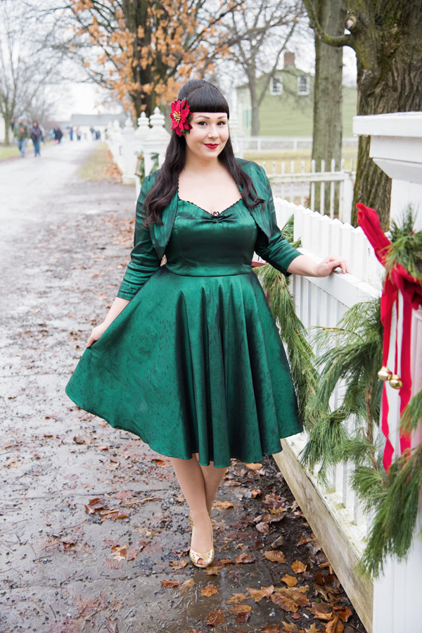 pinup retro christmas outfit