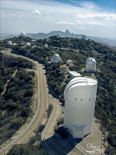 Image of telescopes at Kitt Peak, Arizona