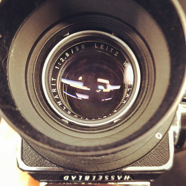 Leica Elmarit 90mm f2.8 的哈蘇味