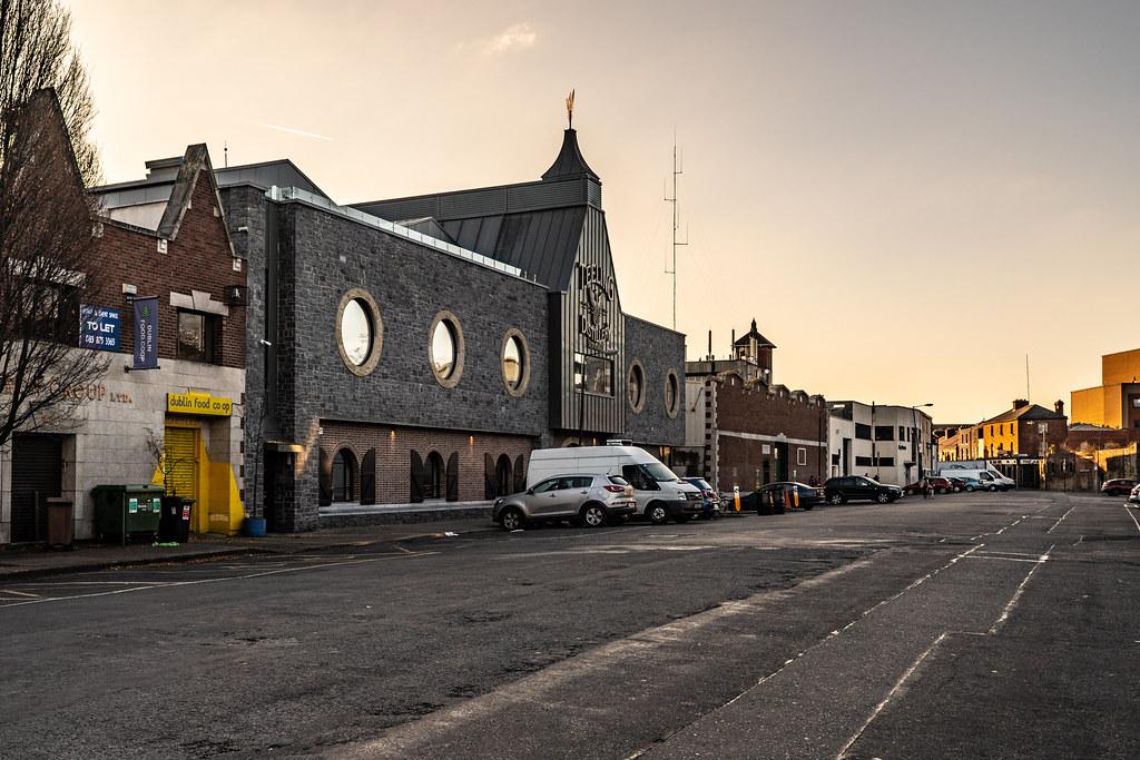 BLACKPITTS AREA OF DUBLIN - NEWMARKET SQUARE 011
