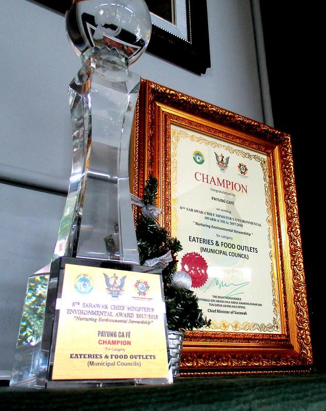 Trophy & certificate