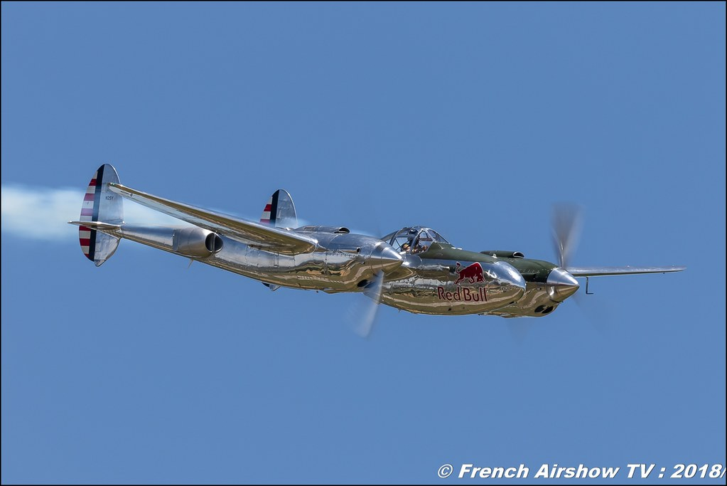 P-38 Lightning Red Bull Aerotorshow 2018 – Fête aérienne de Valence Chabeuil Canon Sigma France contemporary lens Meeting Aerien 2018