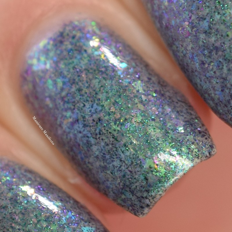 Bees Knees Lacquer Luck Isn't A Superpower swatch