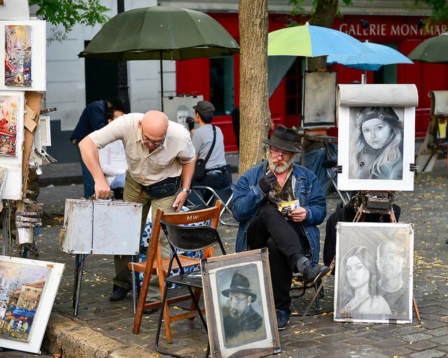 Plaza de los pintores de París en el barrio de Montmartre