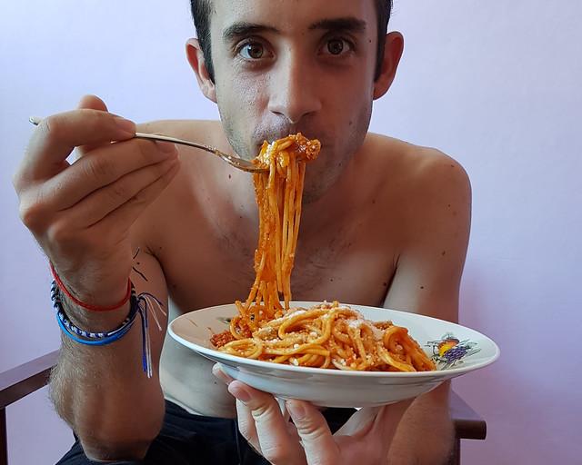 Comiendo espaguetti en La Habana