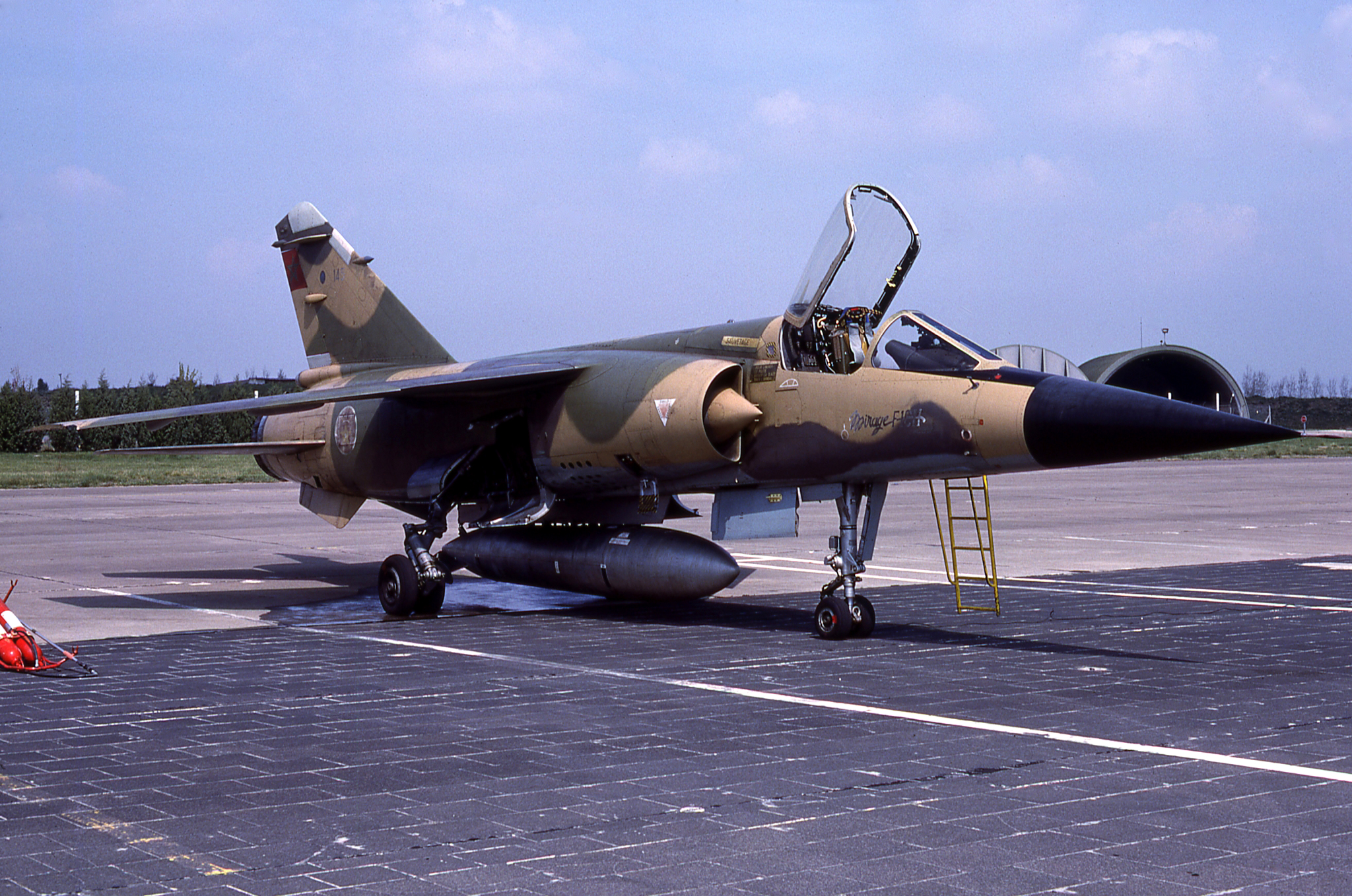 FRA: Photos Mirage F1 - Page 15 46152478631_20f0a98687_o