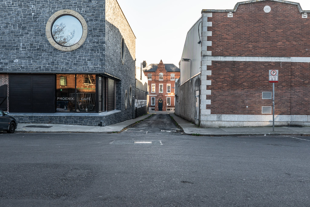 BLACKPITTS AREA OF DUBLIN - NEWMARKET SQUARE 006