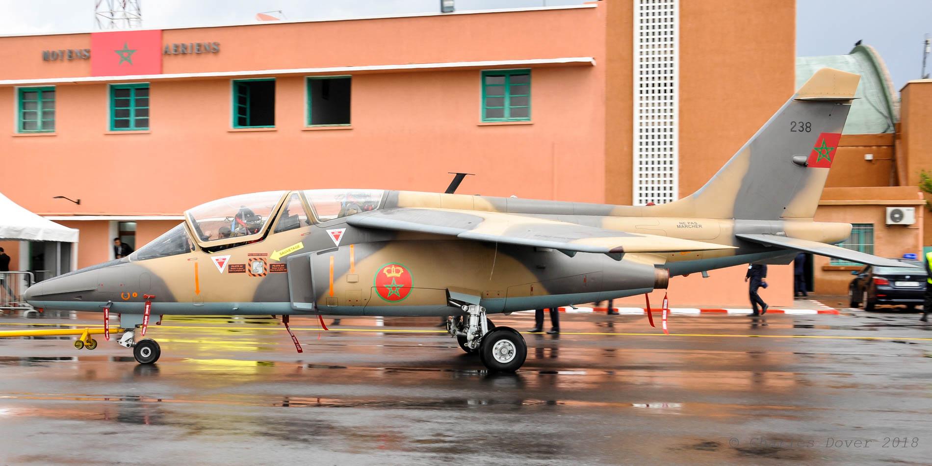 FRA: Photos avions d'entrainement et anti insurrection - Page 9 45108000304_195fbceb65_o