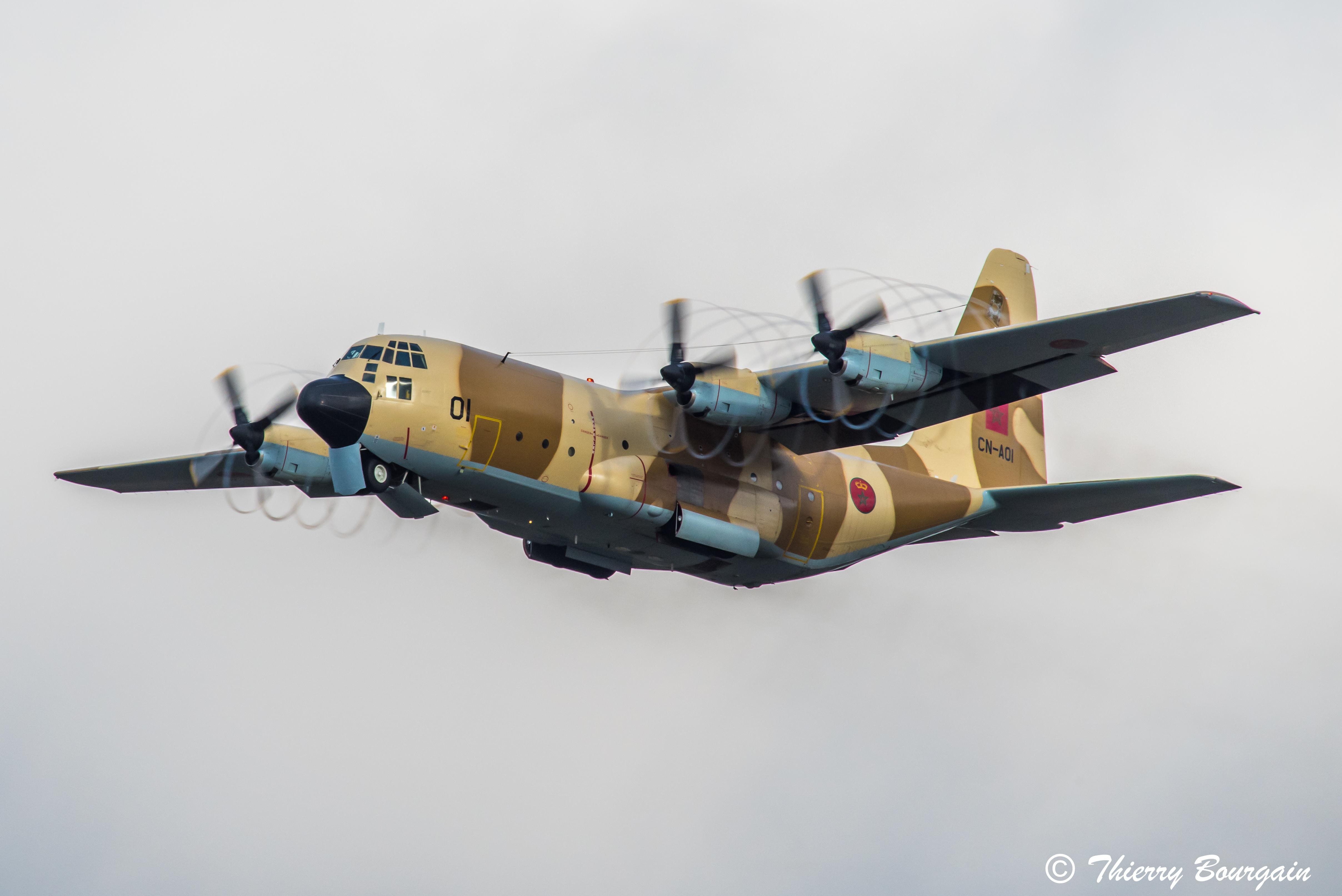 FRA: Photos d'avions de transport - Page 36 45673215304_a5329150ac_o