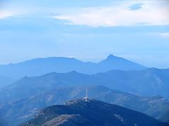 Pylônes au-dessus du col de Teghime