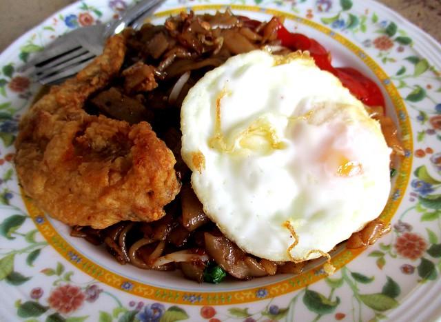 Choon Seng kway teow goreng special 1