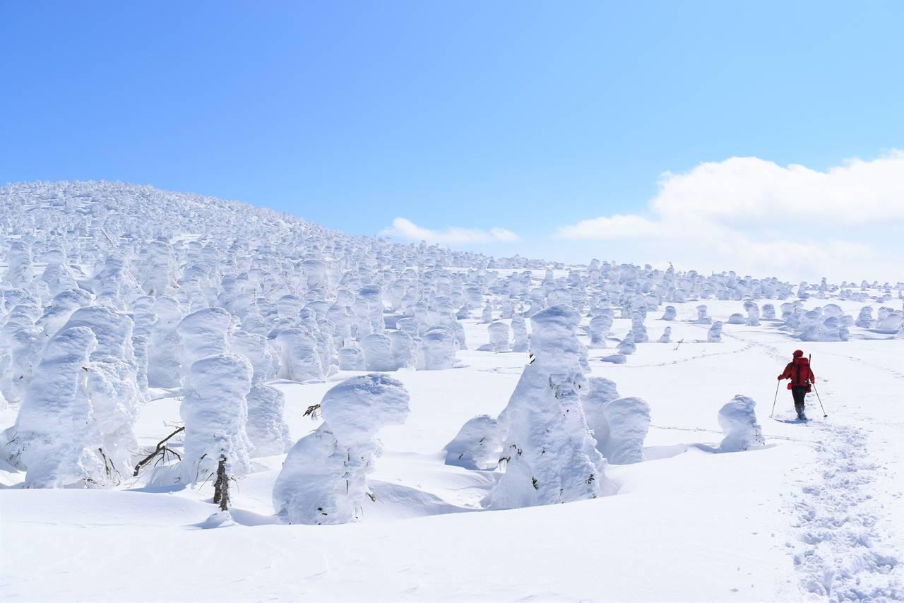 冬の西吾妻山 スノーモンスター・樹氷登山