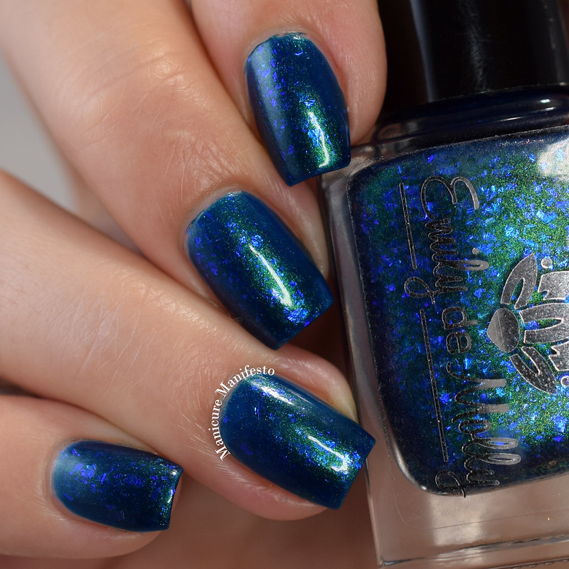 Emily De Molly Midnight Mermaid swatch