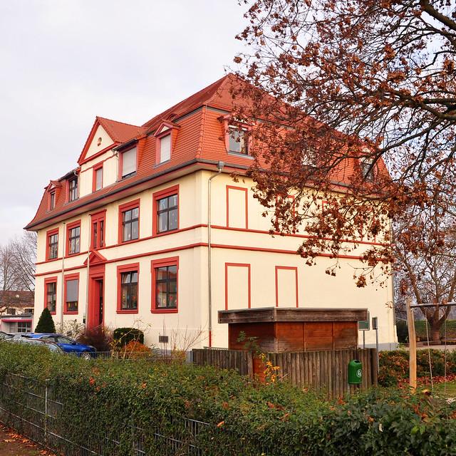 12. Dezember 2018 - Kleiner Vormittagsspaziergang in Neckarhausen ... Graf-von-Oberdorff-Schule --- Foto: Brigitte Stolle