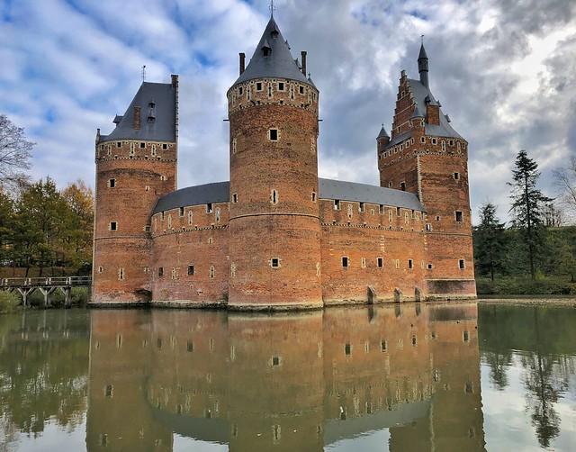 Castillo de Beersel en Flandes
