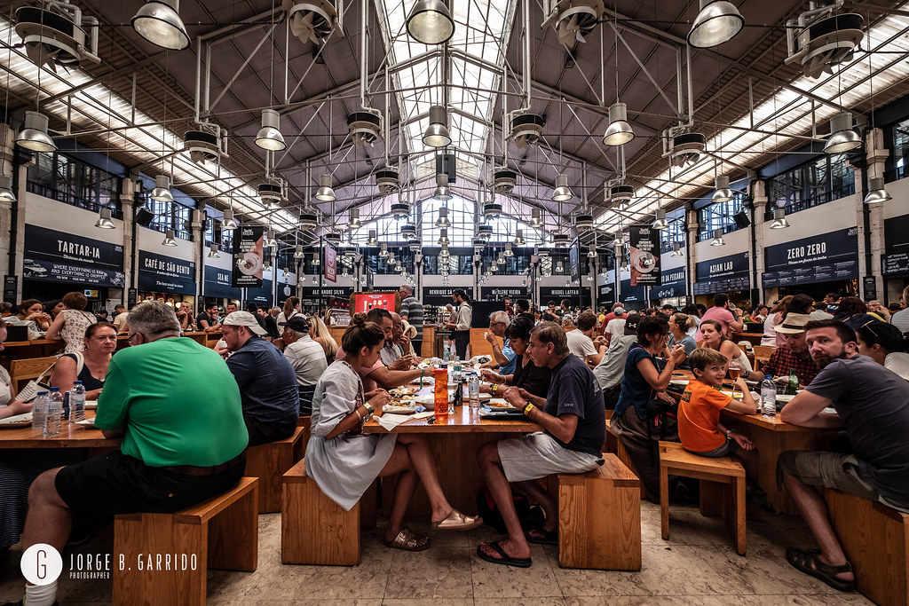 ... Time Out Market is a food hall located in Mercado da Ribeira at Cais do  Sodre 877dcb9c9fc09