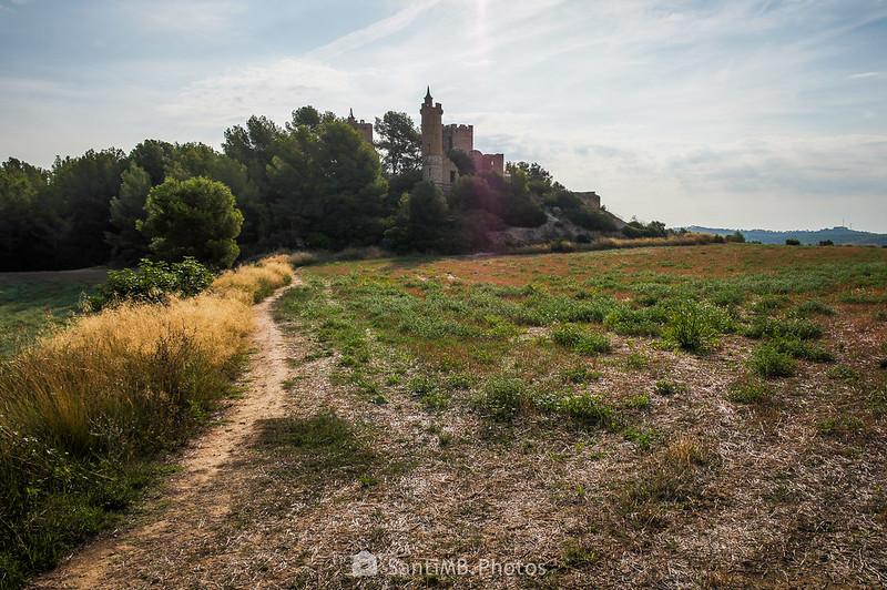 Camino al Castell de La Muga