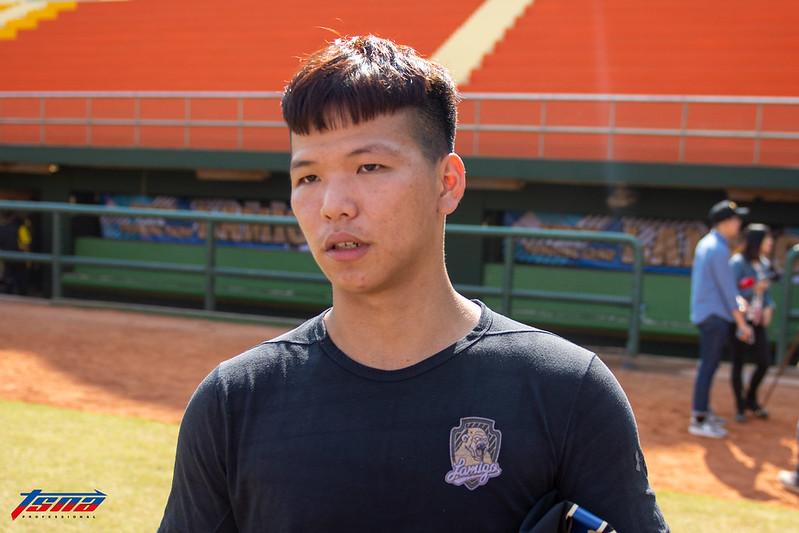 廖健富今年球季將特別注重上壘率。(特派記者王啟恩/嘉義拍攝)