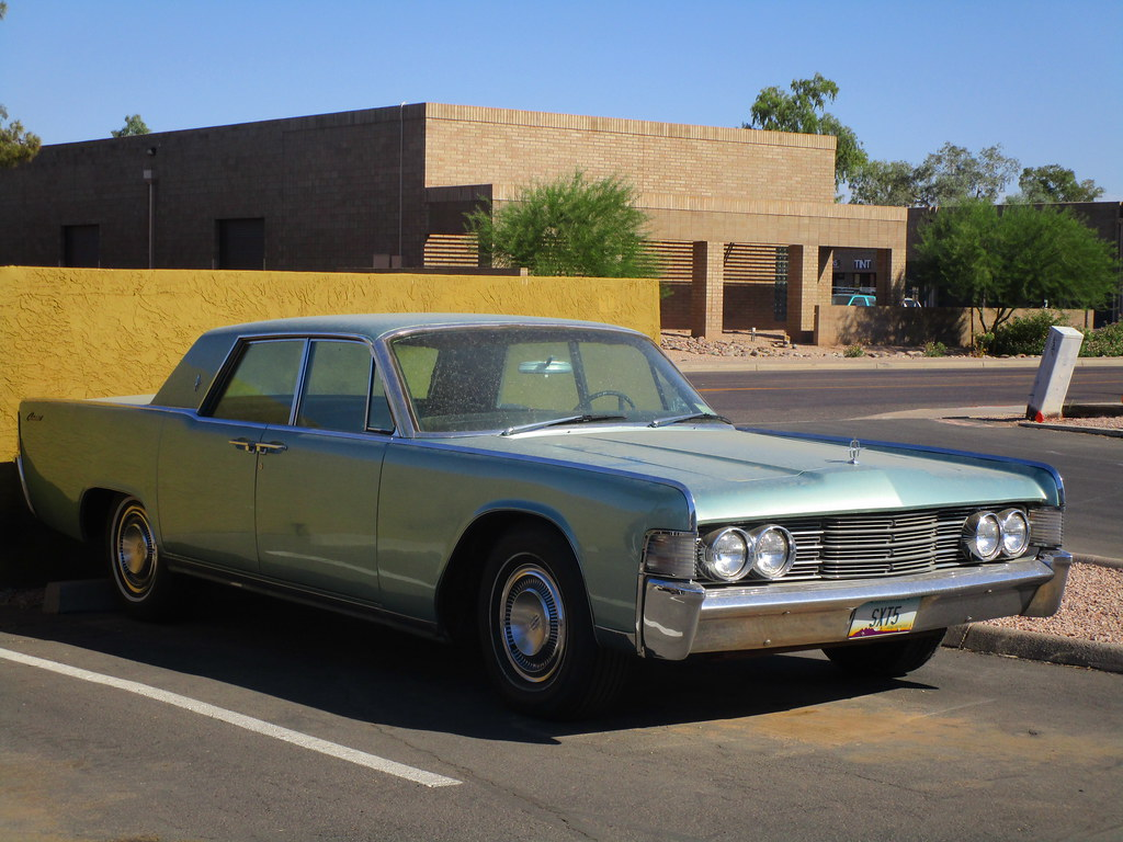 Vintage Car 1965 Lincoln Continental Spotted This Cool C Flickr