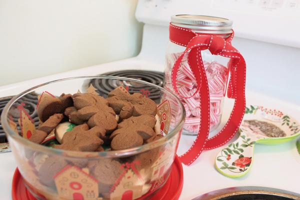 cookies pyrex