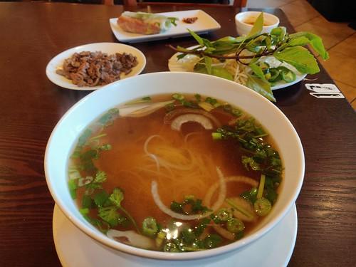 Pho Tai Dap Chay