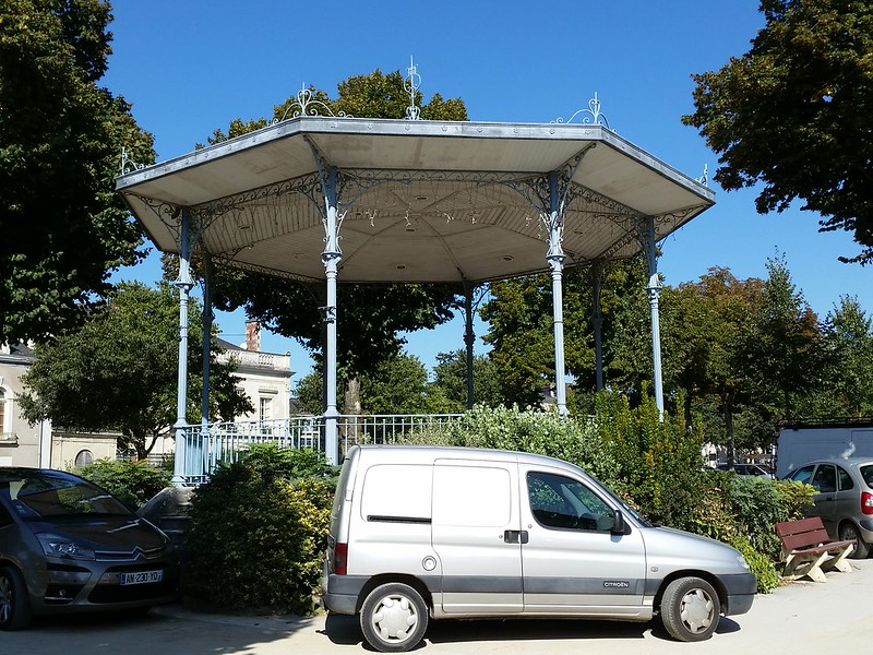 9/10/15 114020 bandstand