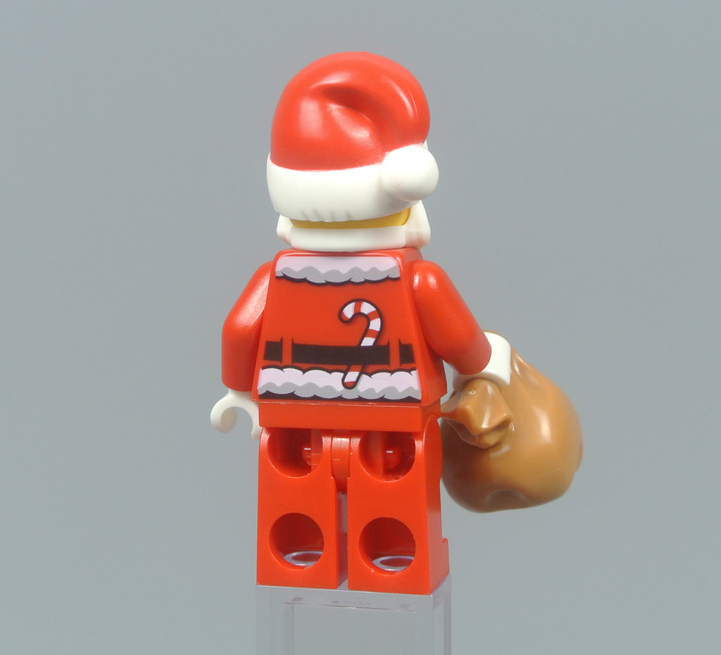 New for 2017 from Set 60155 w// Glasses LEGO Holiday MiniFigure Santa Claus