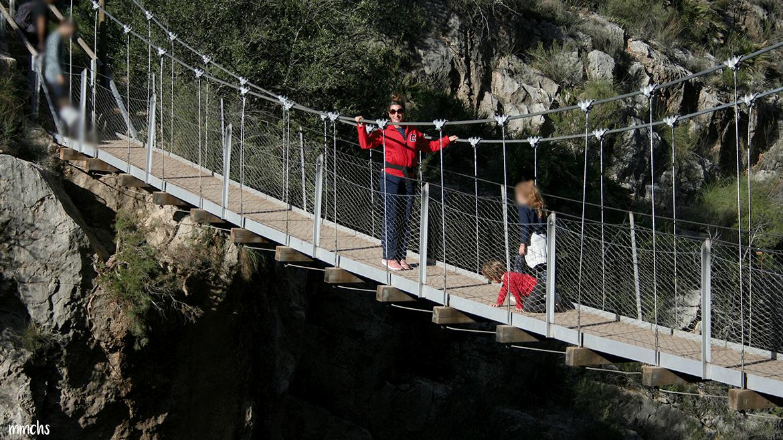 ruta de los puentes colgantes Chulilla con niños