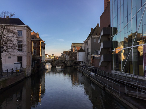 Mechelen | by traveleatenjoyrepeat