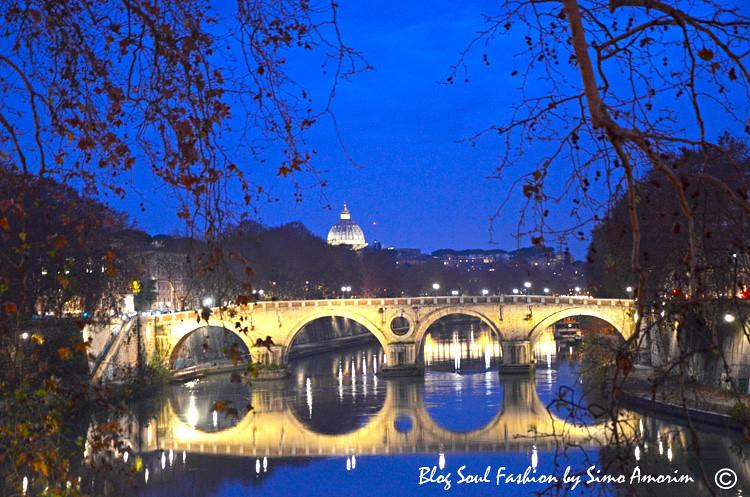 E partindo de Trastevere para a cidade do vaticano olha sò que visual lindo da cidade eterna