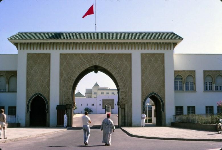 La Garde Royale Marocaine / Moroccan Royal Guard - Page 11 32268068258_7dbb403603_o